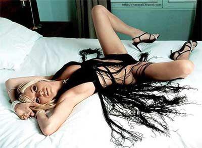 Sienna Miller - 23